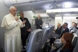 """""""Homosexuales no deben ser juzgados ni marginados"""": Papa Franciso"""