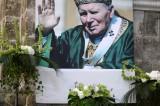 De la familia nace la paz de la familia humana: Juan Pablo II