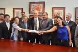Entrega Ejecutivo a diputados Cuenta Pública 2013 para su estudio