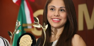 La mexicana Paola Longoria, rompe récord mundial en raquetbol