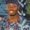 """Viernes 17/Abr/15 18:00 Artista textil Gasali O Adeyemo presenta """"African Blues"""""""