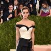Doy gracias por este increíble vestido: Emma Watson #MetGala (Video)