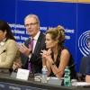 Gigantes tecnológicos deberán pagar cuando utilicen trabajo de artistas y periodistas: Parlamento Europeo