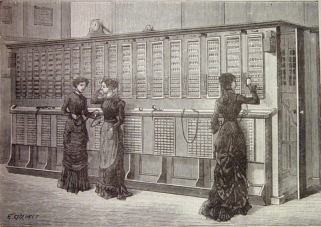 FDCTSEVILLA CC Estación telefónica central en París