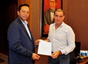 El magistrado Alfredo Rodrigo Lagunas entregó los resultados de los exámenes de oposición para los aspirantes a cargos de magistrados del TSJ y TCA