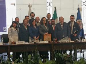Presidentes de tribunales de justicia con la representante de la CIDH