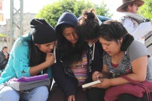 Presentan libro de literatura mexicana traducido al mixteco