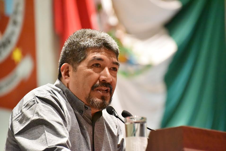 Dip. Fernando L. Estrada