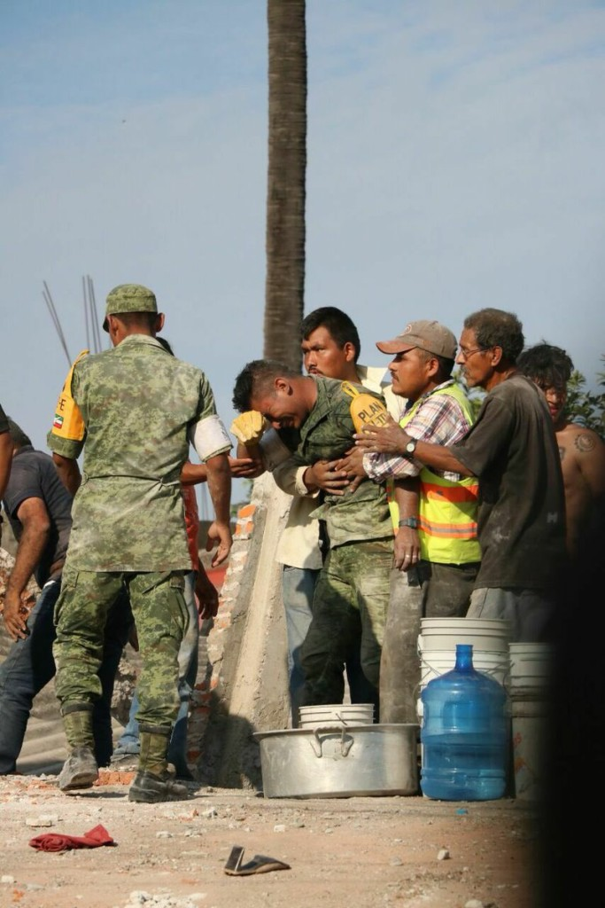soldado tragedia sismo sep 2017