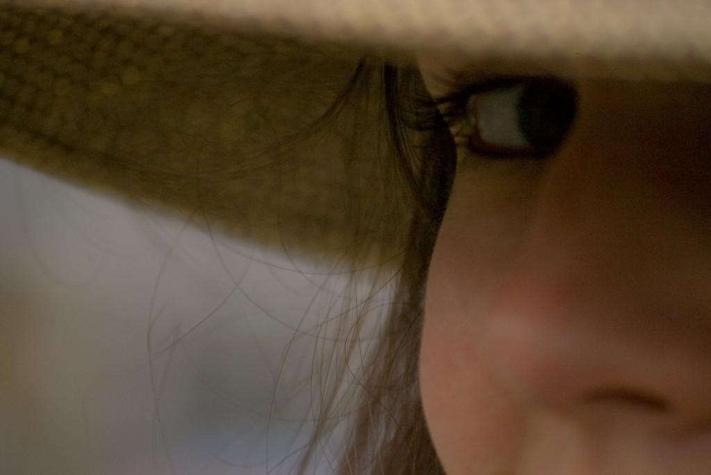 Ojos mujer CC Adas Ardor 15oct17