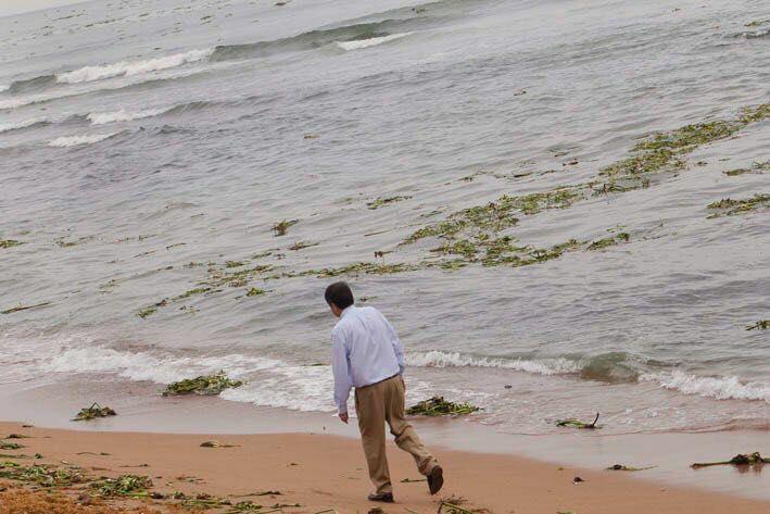 @SergioRámirez Imagen: Daniel Mordzinski. Caminata al cumplir 75 años