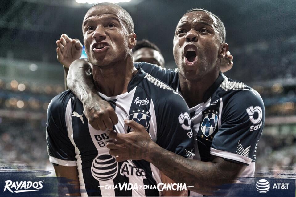 Por Club de Futbol Monterrey